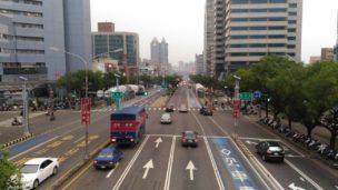 台湾の街を歩くときに注意すること