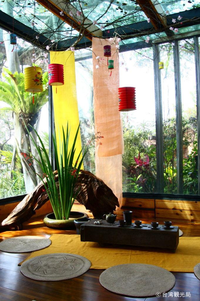 美しい空間でいただく台湾茶はまた格別