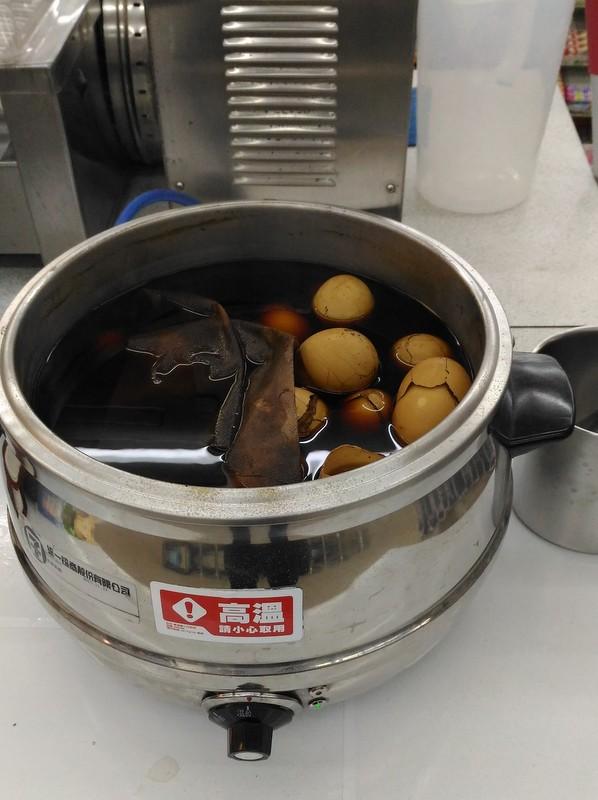 台湾のコンビニのにおいのもとは?